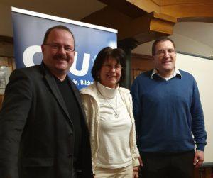 Michael Niedermair (AKS Kreisvorsitzender), Helga Schiller (AKS Stellv. Kreisvorsitzende), Priv. Doz. Dr. med Florian Ebner
